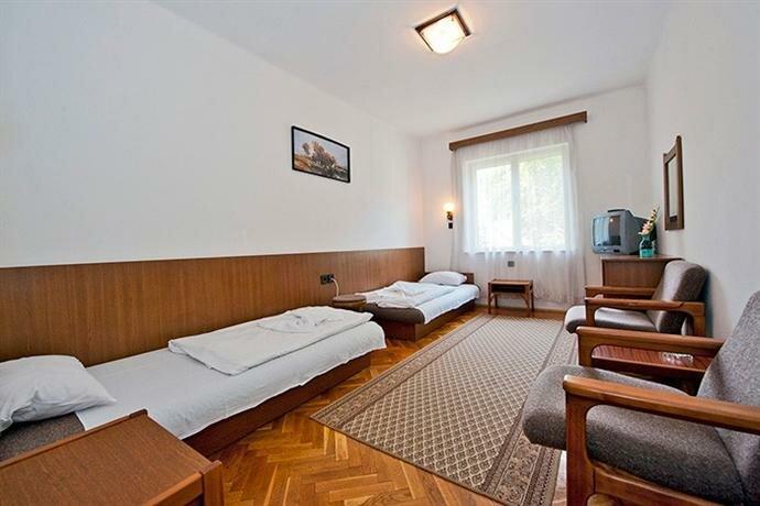 Siraly Hotel