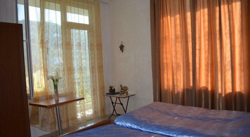 Sanni Guest House