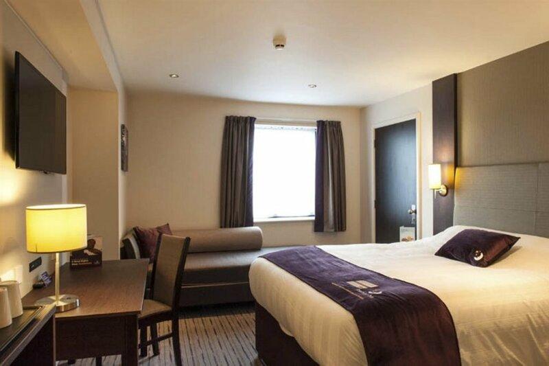 Premier Inn Glasgow - Bellshill