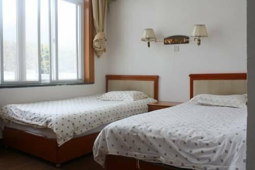 Huangshan No. 19 Resort