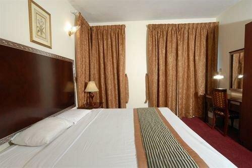 Royal Plaza Hotel Apartments Dubai