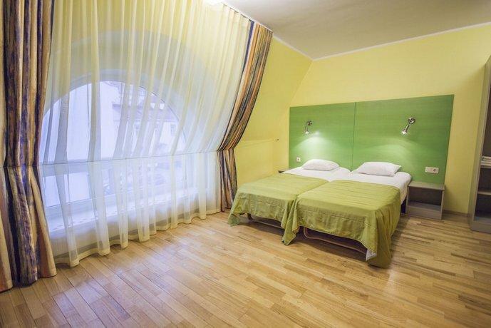 Braavo Hotell