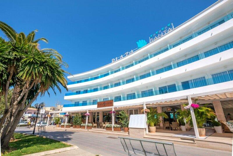 Отель Plaza Santa Ponsa