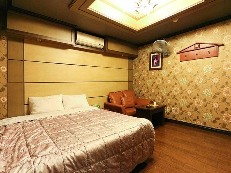 Asahi Motel