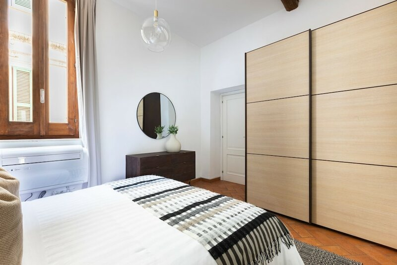 Intriguing And Comfortable Apartment Just a Short Walk From Piazza Navona