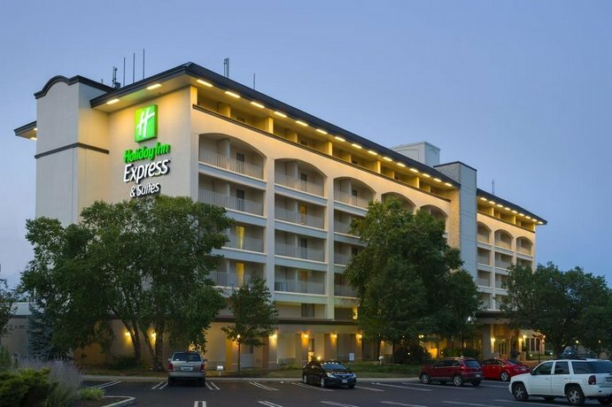 Holiday Inn Express Hotel & Suites King of Prussia, an Ihg Hotel