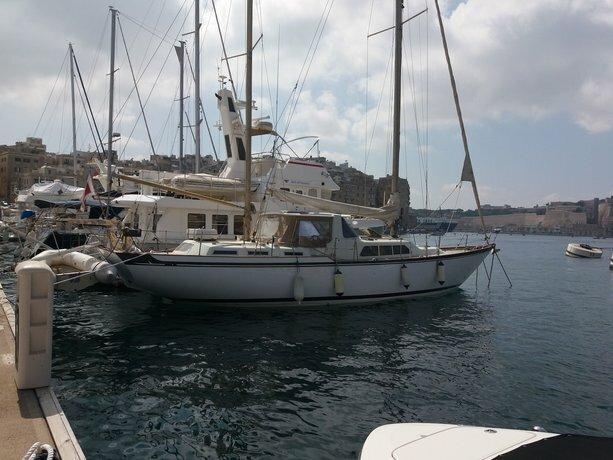 Valletta Grand Harbor Sailing Boat