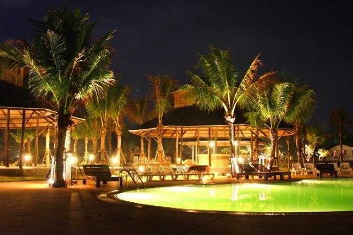 Siam Society Beach Resort