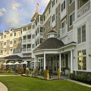 Watkins Glen Harbor Hotel