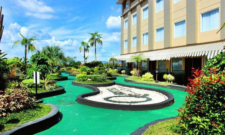 Grand Dafam Q Hotel Banjarbaru, Dhm Syariah