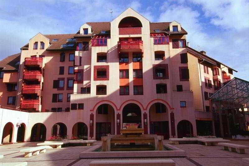 Geneva Residence
