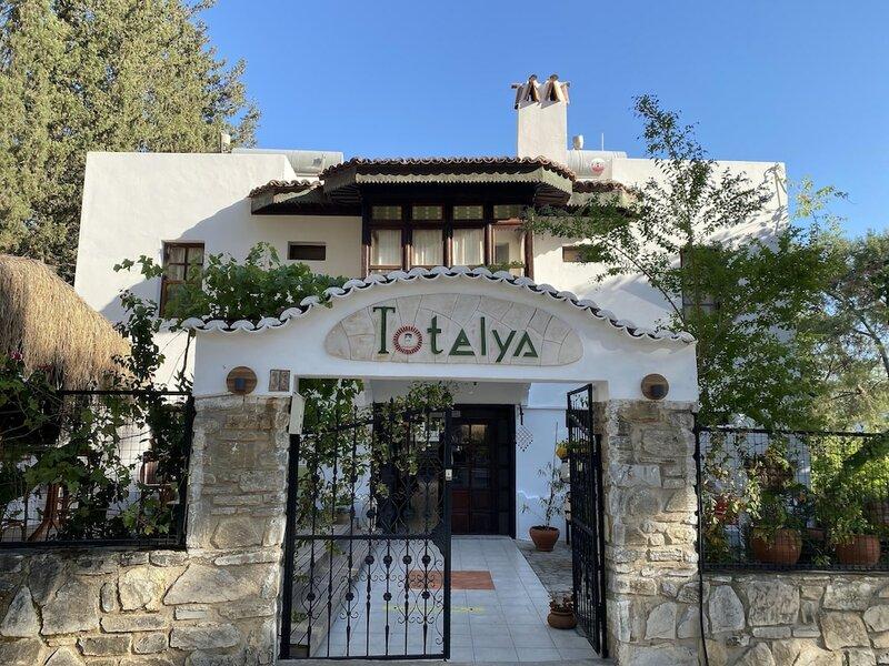 Totelya Hotel