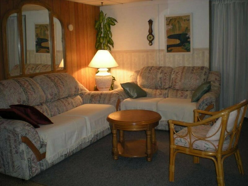 Ollie's Guest House
