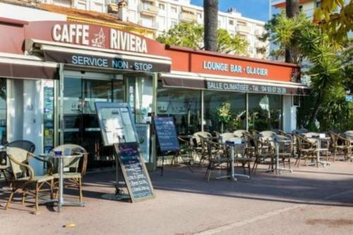 Caffe Riviera