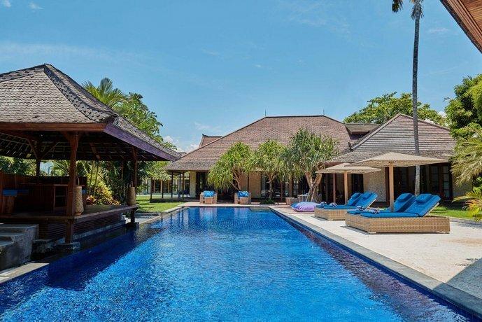 Blue Bamboo Villas