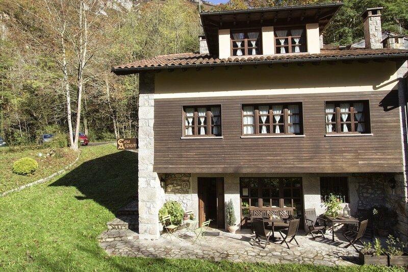 Casa Asprón