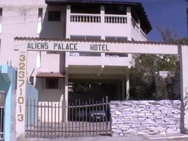 Aliens Palace Hotel