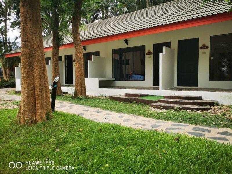 River Kwai Botanic Delight Resort