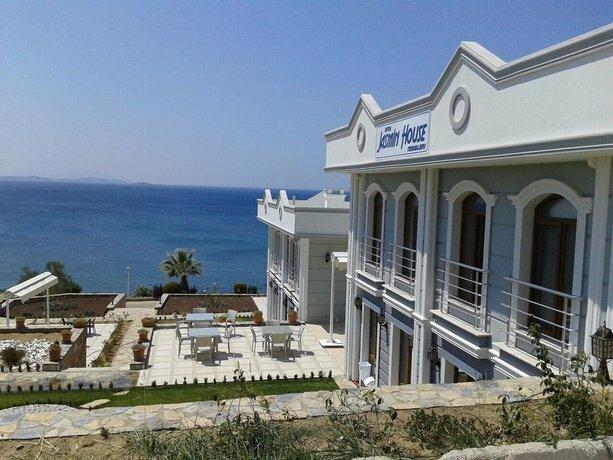Inta Jasmin House
