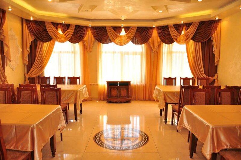 Van - Hotel & Restaurant Complex