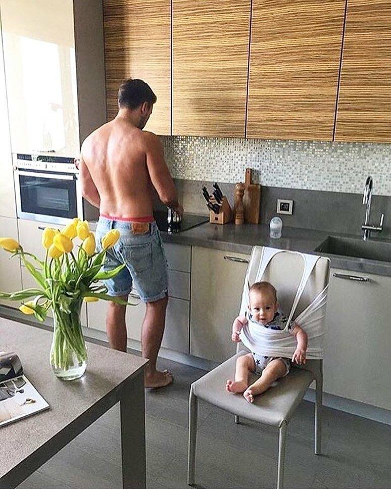 День, смешные картинки ребенок с мамой ребенок с папой