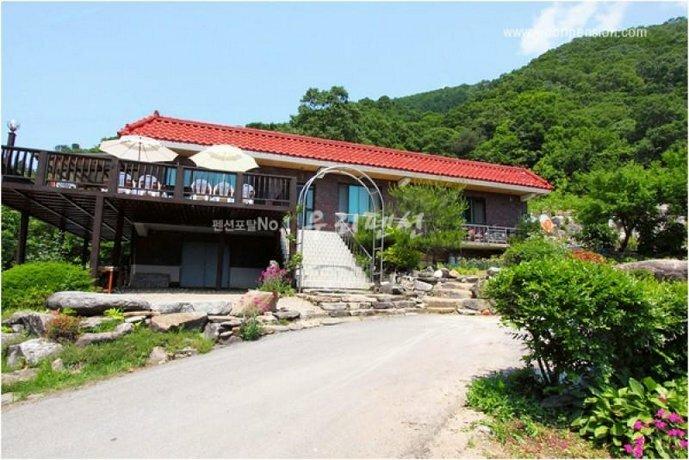 GaPyeong San Neo ru Pension