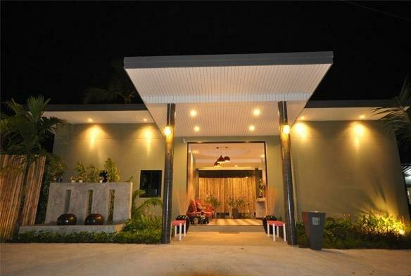 Loft Garden Villa in Khao Lak