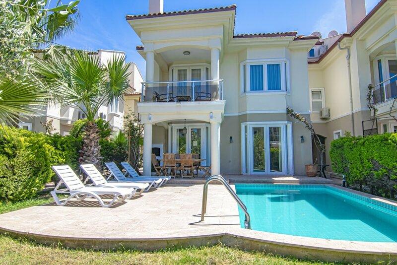 Vhillas Private Luxury Villa Leo