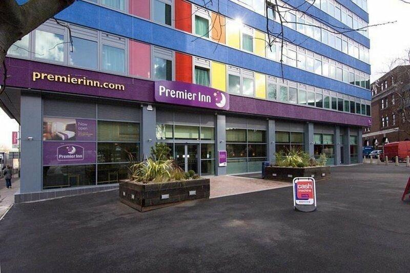 Premier Inn Leicester City Centre