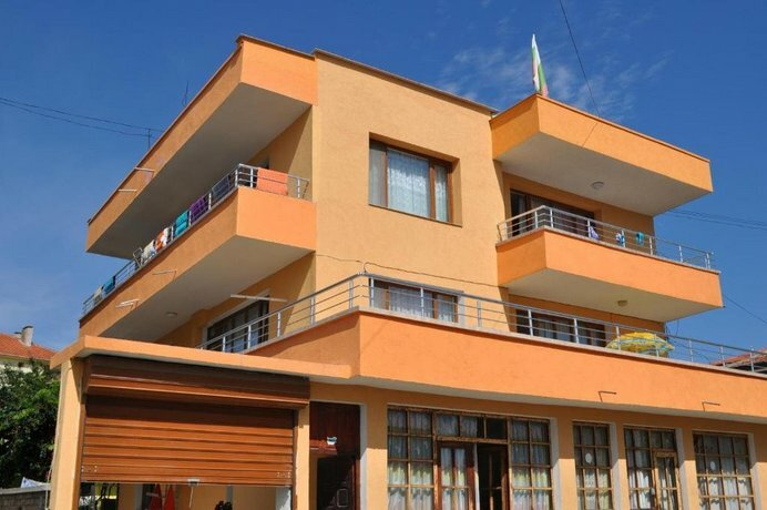 Ivanka Guest House