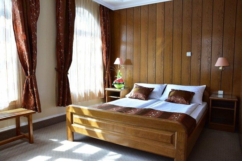 Garni Hotel Lav