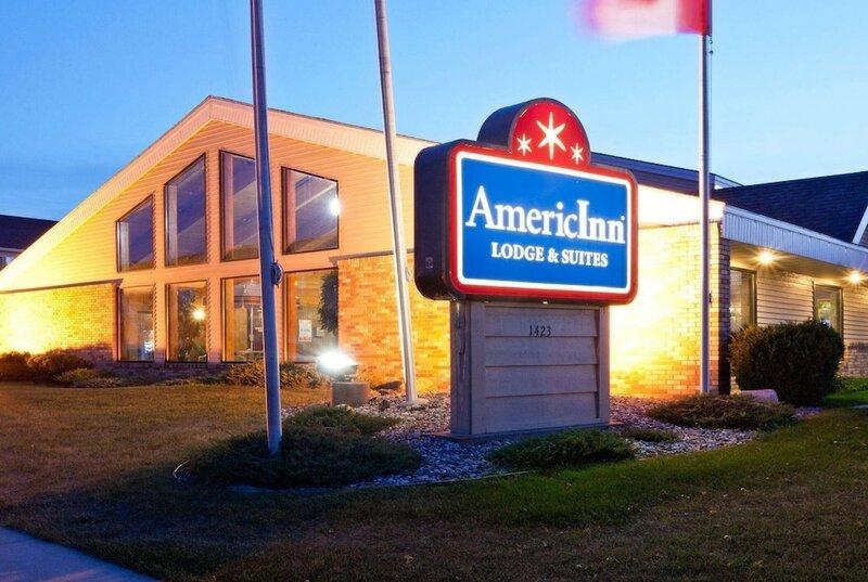 AmericInn by Wyndham Fargo West Acres