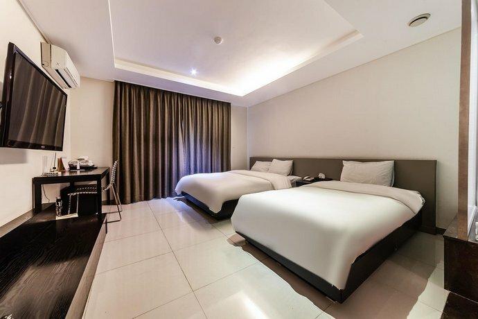 G Tourist Hotel Wolmido
