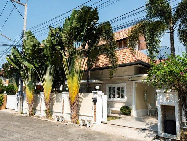 Starlight Sky Villa Pattaya