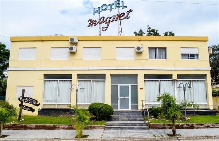 Hotel Magnet