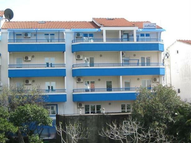 Blue Palace Guest House
