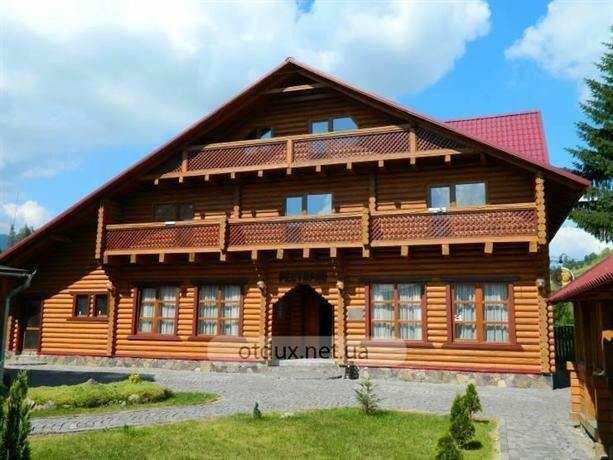 Гостиный двор Воловец