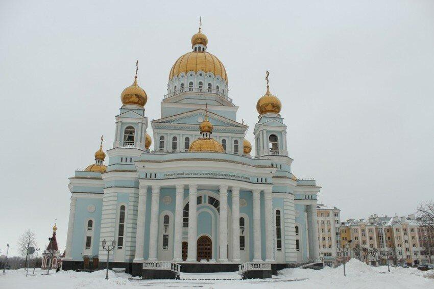 православный храм — Кафедральный собор Феодора Ушакова — Саранск, фото №9