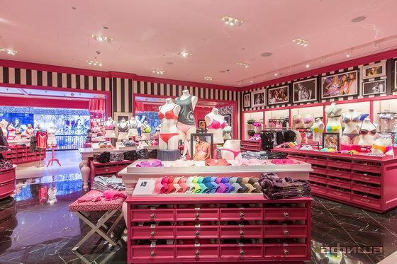 a92f44e60a9ec Victoria's Secret - магазин белья и купальников, метро Киевская ...
