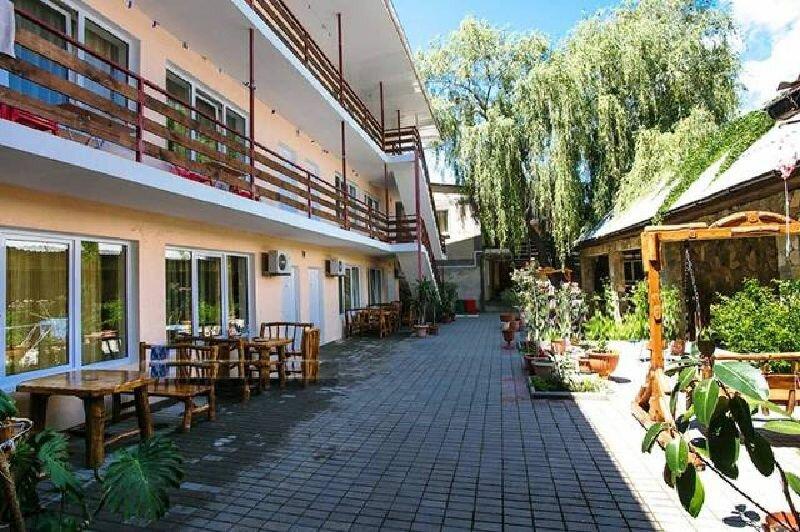 гостиница — Гостевой Дом Ива — посёлок городского типа Коктебель, фото №1