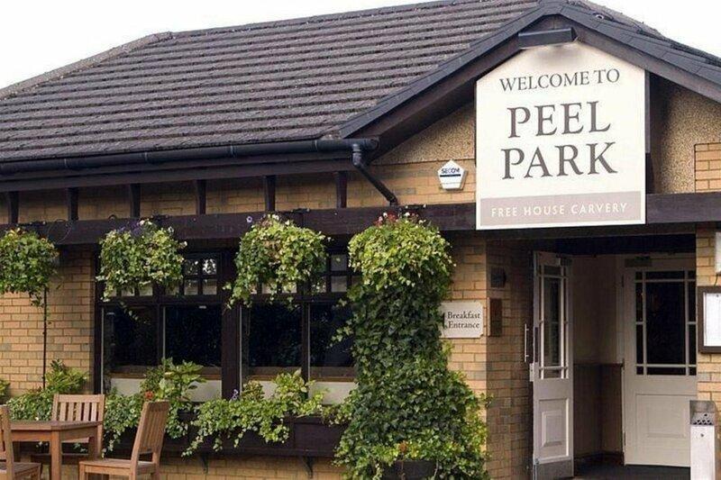 Premier Inn Glasgow East Kilbride Peel Park