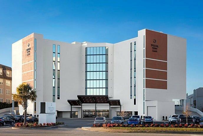 Delta Hotels by Marriott Virginia Beach Bayfront Suites
