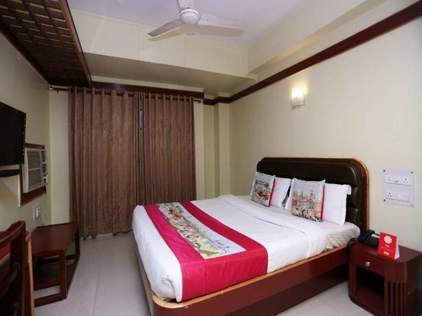 Oyo Flagship 4793 Hotel President