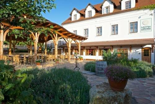 Babiččina Zahrada Penzion & Restaurace