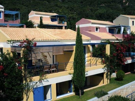 Verde Blu Beach Resort
