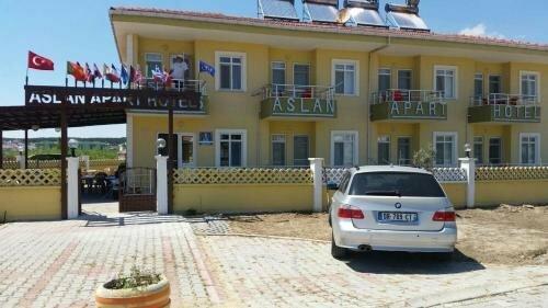 Saros Aslan Apart Hotel
