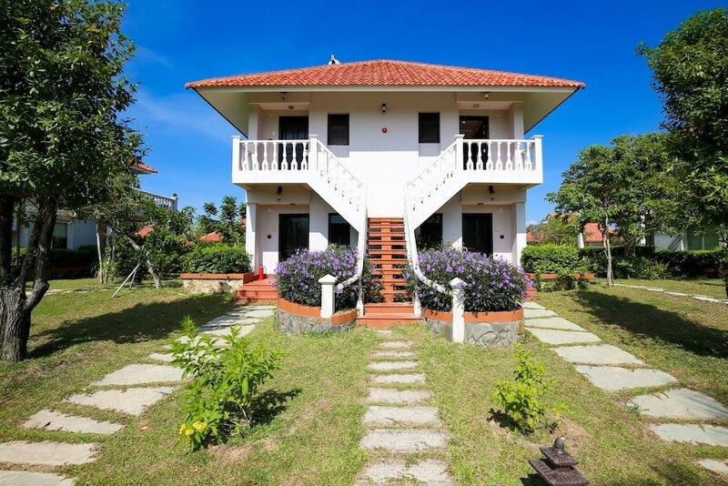 Mercury Phu Quoc Resort & Villas