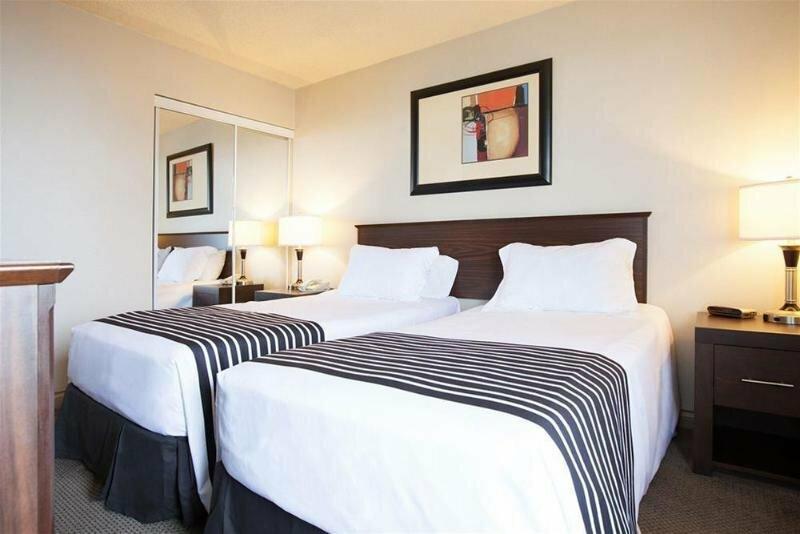 Sandman Suites Vancouver on Davie