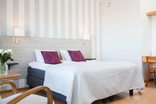 Hotelli-Ravintola Lokkilinna