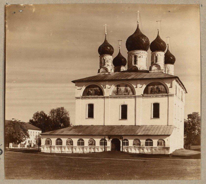 розницу старое фото макарьева костромской области такое высокий